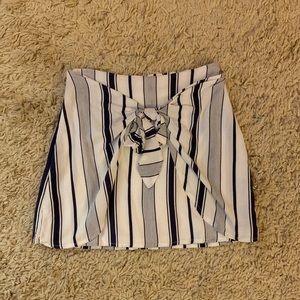 Pacsun tie skirt
